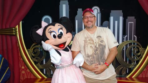 Mickey Mouse and Minnie Mouse in Red Carpet Dreams at Hollywood Studios in Walt Disney World (18)
