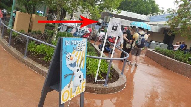 Olaf meet and greet in Hollywood Studios in Walt Disney World (10)