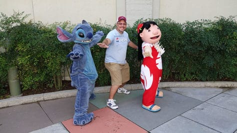 Hollywood Studios Lilo and Stitch character meet and greet (2)