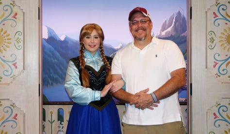 Meet Anna and Elsa at the Royal Summerhus in Epcot (61)