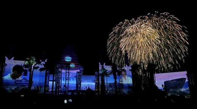 Star Wars A Galactic Spectacular Fireworks Dessert Party at Hollywood Studios in Walt Disney World (78)