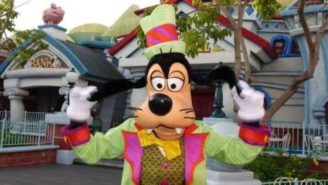 Goofy Disneyland Halloween 2015 (5)