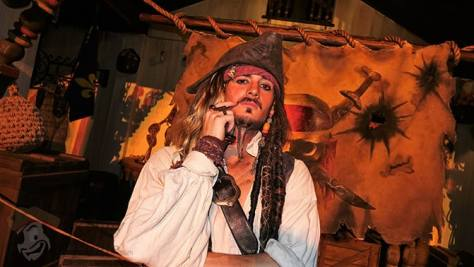 captain-jack-sparrow-at-mickeys-not-so-scary-halloween-party-2016