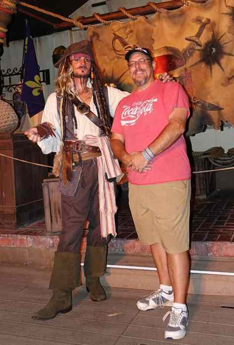 captain-jack-sparrow-at-mickeys-not-so-scary-halloween-party-with-kennythepirate