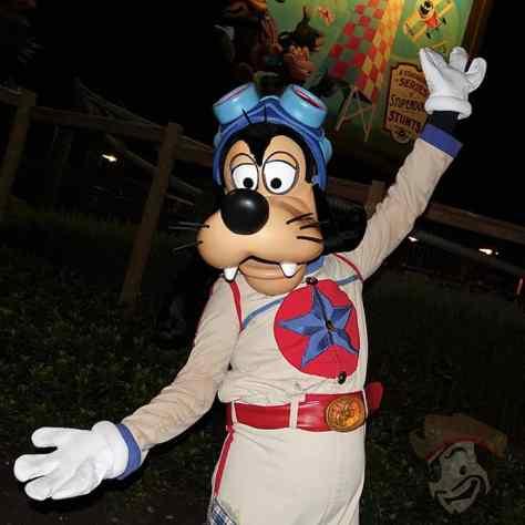 goofy-at-mickeys-not-so-scary-halloween-party-2016