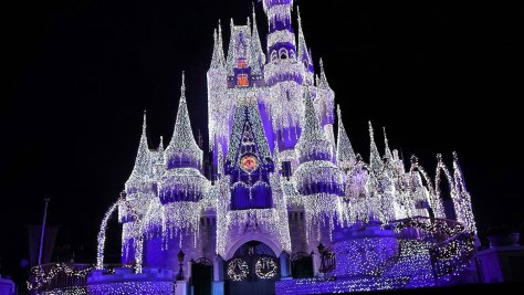 Castle Lighting at Mickey's Very Merry Christmas Party 2016