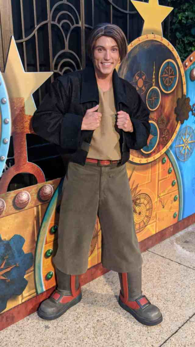 Jim-Hawkins-from-Treasure-Planet-at-Fandaze-in-Disneyland-Paris-2018.jpg