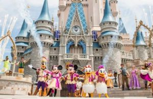"11 Insider Disney World ""Secrets"" so you can have the ""Best Day Ever!"""
