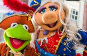 "News News: Magic Kingdom's ""The Muppets Present...Great Moments in American History"" Makes a Brief ReturnMuppets Present...Great Moments in American History Makes a Brief Return"