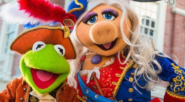 """News News: Magic Kingdom's """"The Muppets Present...Great Moments in American History"""" Makes a Brief ReturnMuppets Present...Great Moments in American History Makes a Brief Return"""