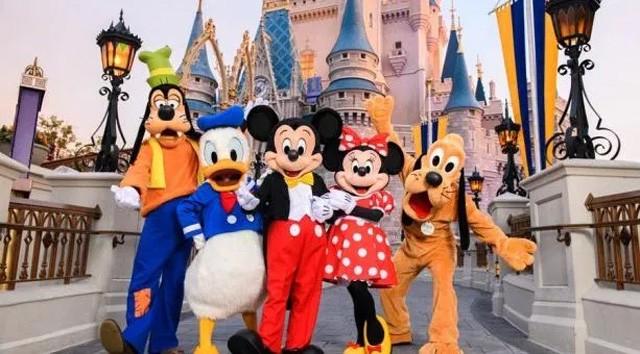 Walt Disney World Donates Excess Food to Local Food Bank