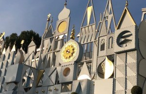 """it's a small world"" Virtual Ride Through"
