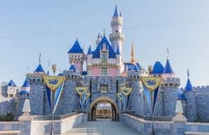 BREAKING: Disneyland Pushes Back Park Opening