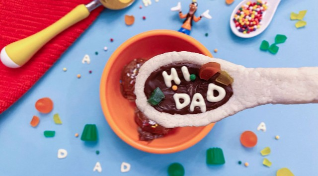 Recipe: Goofy Cookies to Celebrate Father's Day!