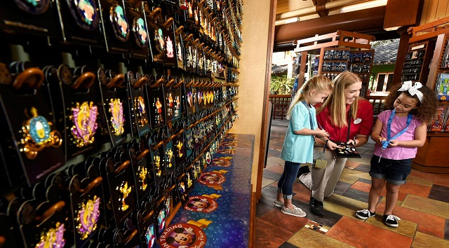 New Procedures for Pin Trading At Theme Parks