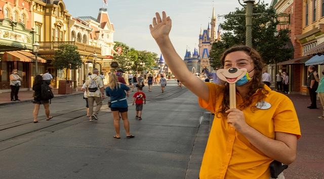 Walt Disney Resort Discount Offer to Cast Members