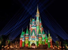 Video: Watch Walt Disney World transform into a magical Christmas wonderland!