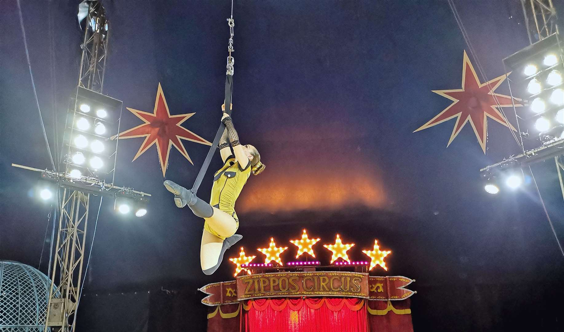 Jackie-Louise performing her aerialist routine