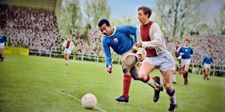 Nieuwe hype: Oude voetbalfoto's van GVAV en FC Groningen in kleur