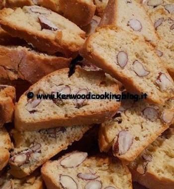 Ricetta biscotti cantucci toscani con burro Kenwood