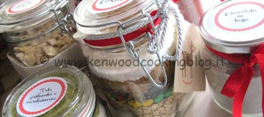 Idee e accessori per i regali di Natale fatti da noi in cucina