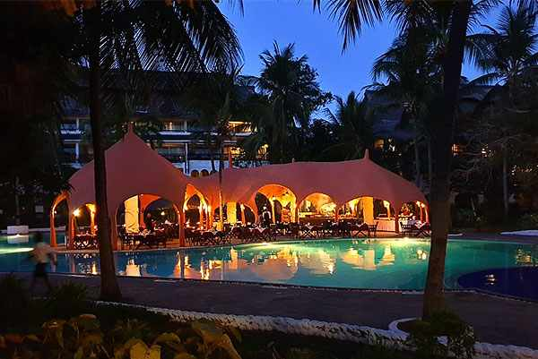 Hotel Southern Palms 4 stars Diani Beach kenya. Very Good.