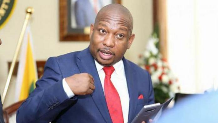 A photo of Nairobi Governor Mike Sonko gesturing at a past media interview.