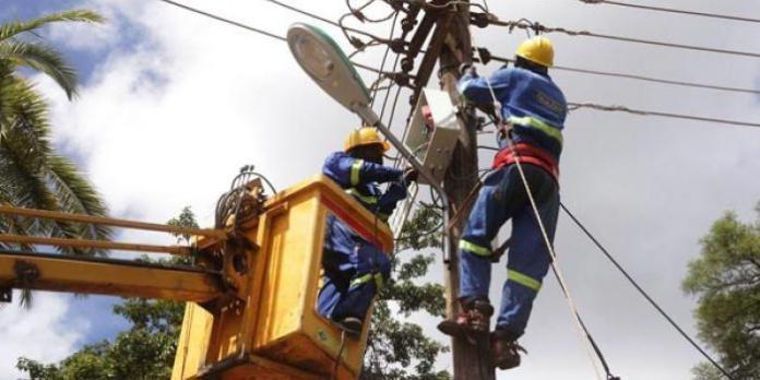 File image of Kenya Power and Lighting Company electricians at work