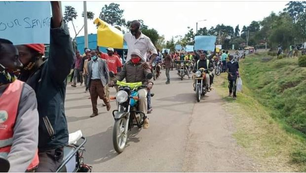 Mass demonstrations in Bomet as locals protest arrest of senator Langat by Police over revenue sharing motion in Senate