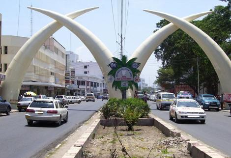 An image of the iconic sculptures in Mombasa County