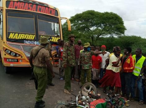 The scene of the accident where three people were killed on the Garissa-Nairobi Highway.