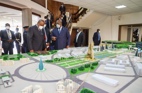 President Uhuru Kenyatta and his DRC counterpart Felix Tshisekedi at the Palais de la Nation on April 21, 2021