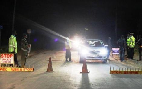A police roadblock at Chania, border of Murang'a and Kiambu Counties