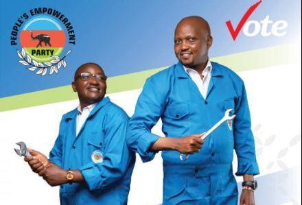 Juja MP-elect George Koimburi (left) with Gatundu South MP Moses Kuria