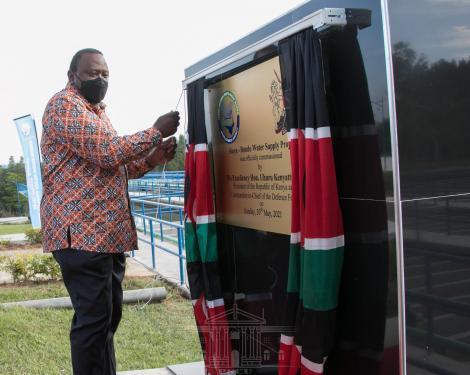 President Uhuru Kenyatta commissioning the Ksh2.4 B Bondo Water Supply Project in Siaya County on May 31, 2021.