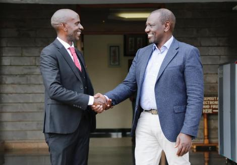 Nominated Member of Parliament (MP) Wilson Sossion shakes hands with Deputy President William Ruto on Monday, October 11.