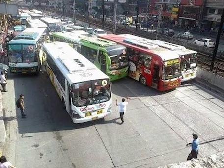 metro manila traffic 1