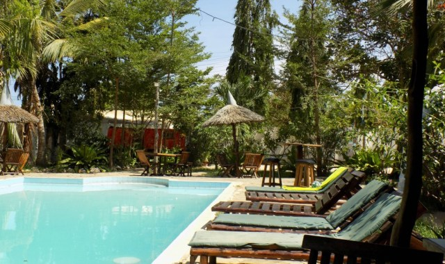 hostels and lounges. Mombasa Backpackers - Tulia house