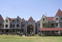 Brookhouse Resumes Online Classes