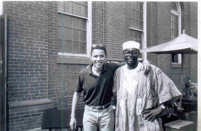 A rare photo of Malik Obama (right) with former US President Barack Obama