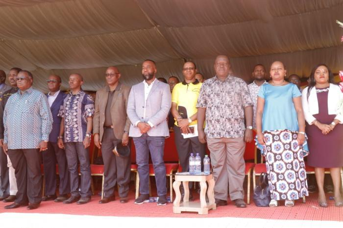 Governors Ali Hassan Joho (Mombasa), James Ongwae (Kisii) and Joseph Ole Lenku (Kajiado), Anne Waiguru (Kirinyaga) with Woman Representative Purity Ngirici, Interior CS Fred Matiang'i and his PS Karanja Kibicho (in yellow) during a fundraiser in Kirinyaga on Friday, November 29, 2019