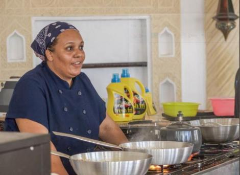 Kenyan Chef Maliha Mohammed who holds record for the longest cooking period of 75 hours