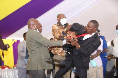 MPs Simba Arati (left) and Sylvanus Osoro clash at the funeral