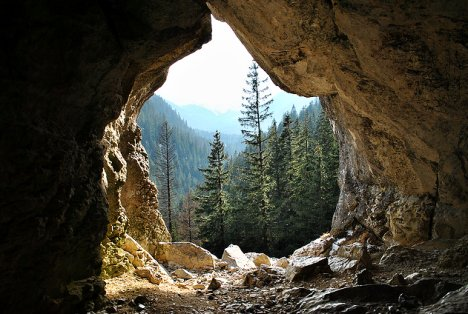 October Fall Wallpaper The Sage In The Mountain Cave Empty Poetry