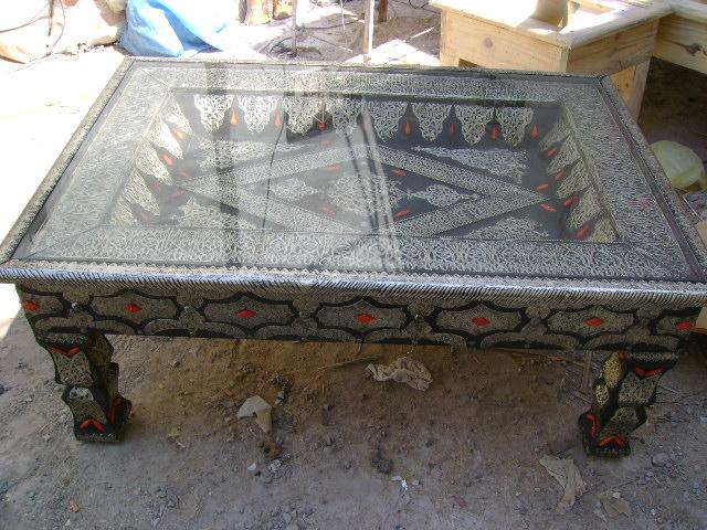 Antieke Marokkaanse tafels en tafeltjes