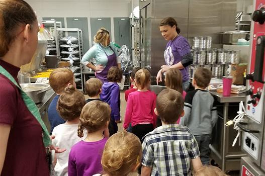 Preschoolers Visit District's Kitchen