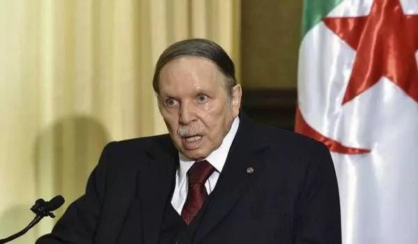 Abdelaziz Bouteflika parle à son peuple