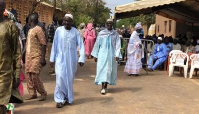 (Photos) Inhumation de Tanor Dieng: Nguéniène grouille déjà du monde*