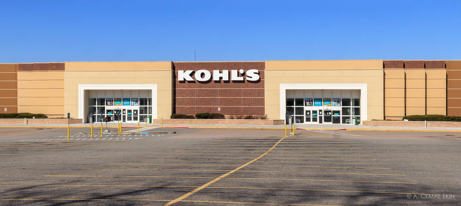 Empty lot in front of Kohl's