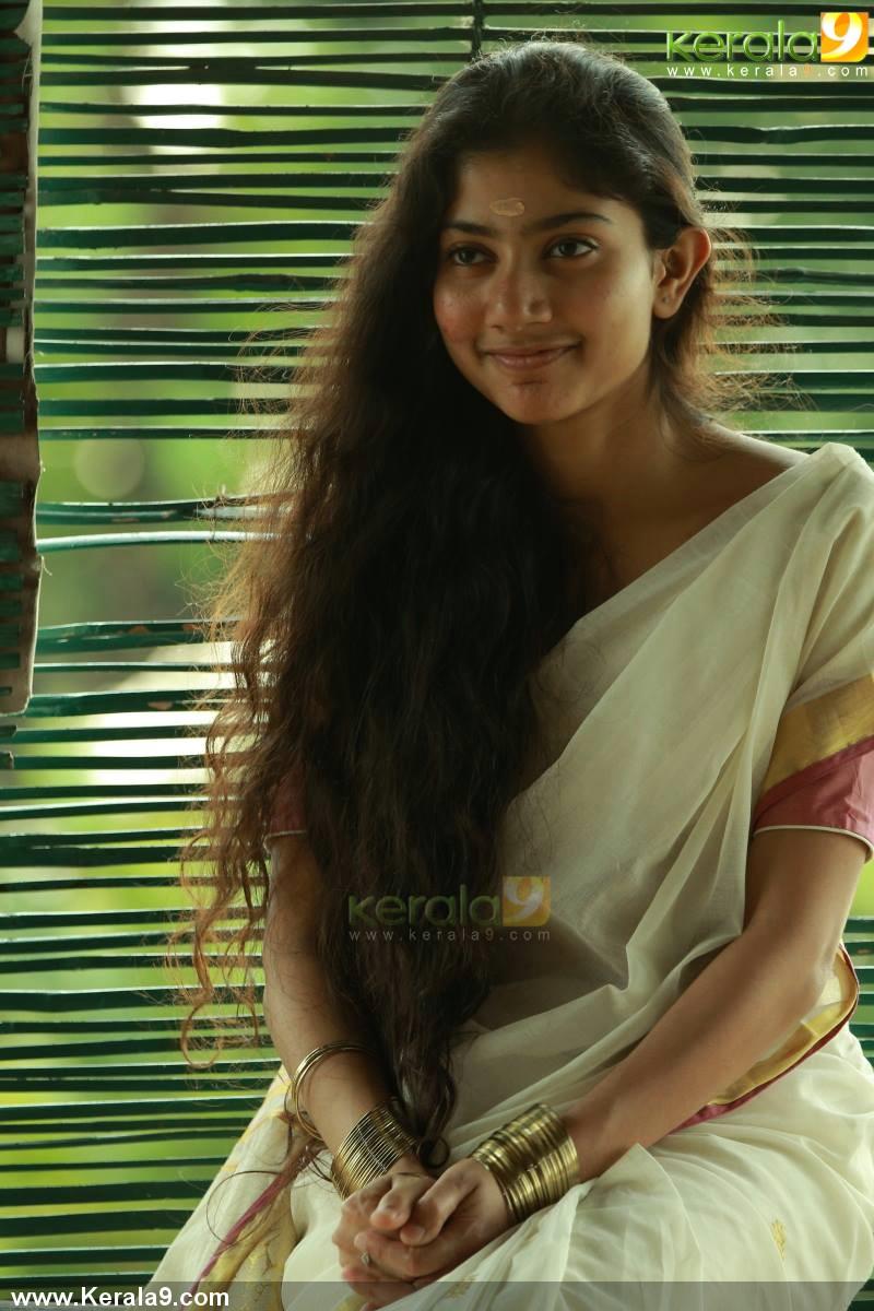Premam Malayalam Movie Stills 00957